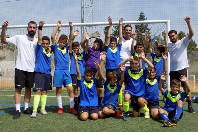 Κλείσε θέση τώρα στο Καλοκαιρινό Camp της Σχολής Ποδοσφαίρου Μάριου Χριστοδούλου!