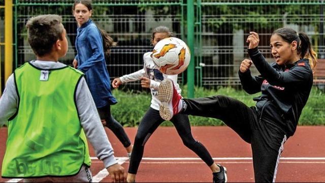 Όταν το ποδόσφαιρο (ξανά) γίνεται παιχνίδι! Τρεις ιστορίες με πρωταγωνιστές τα παιδιά