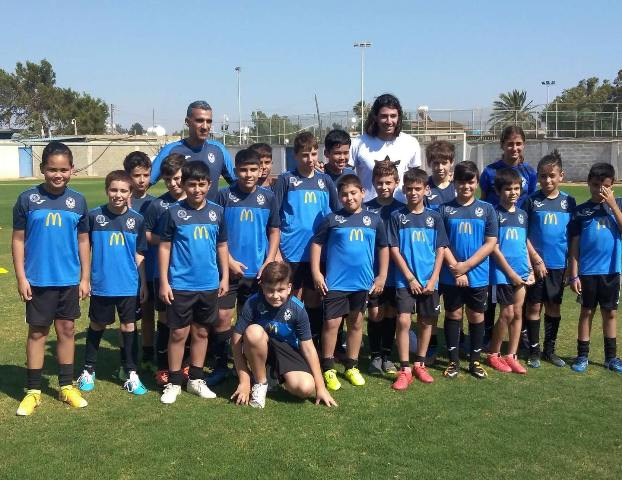 Επίσκεψη ΕΚΠΛΗΞΗ του Μάριου Ηλία στο Κλιμάκιο Κ11 του Kids Soccer School – Εθνικος Αχνας