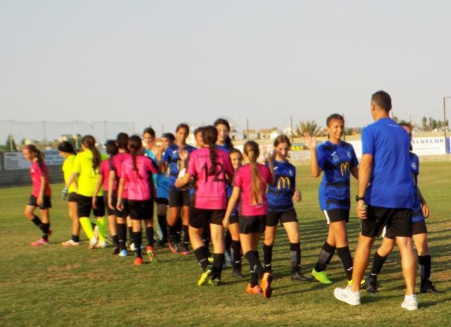 Αγώνες Διαφήμιση για το Γυναικείο Αναπτυξιακό Ποδόσφαιρο μεταξύ Asprakis Kids F.A. Ολυμπιακός Λευκωσίας και Kids Soccer School Εθνικός Άχνας