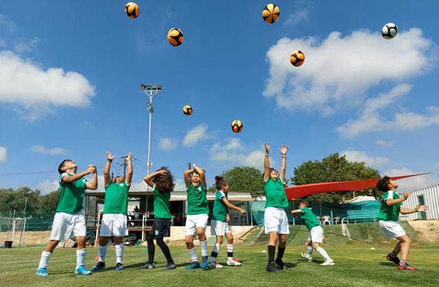 Ακαδημία Ποδοσφαίρου ΚΕΡΑΥΝΟΣ Πάφου Ακρίτας Χλώρακας: Μια ποδοσφαιρική «όαση» στην Πάφο (VIDEO, Εικόνες)
